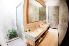 Ванная комната 4-местного номера