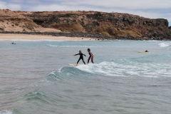 children_surf2