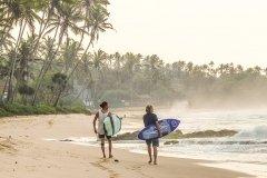 Уроки сёрфинга на Шри-Ланке