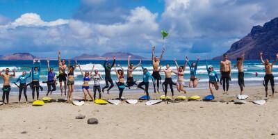 Школа сёрфинга на Канарских островах (о. Лансароте)