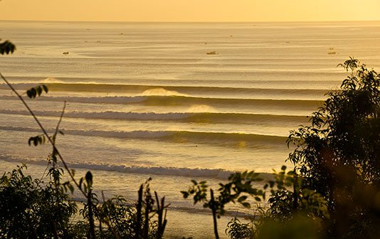 Сёрфинг в июне на Бали