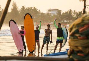 Уроки сёрфинга на Шри-Ланке Ахангама